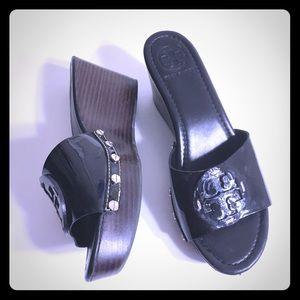 Tory Burch Black Patent Leather Sandals Sz 8.5 M